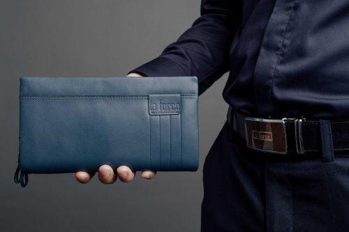 ví cầm tay đi tiệc