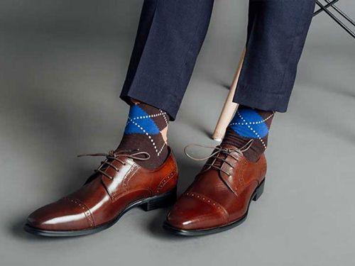 cách chọn mua giày nam