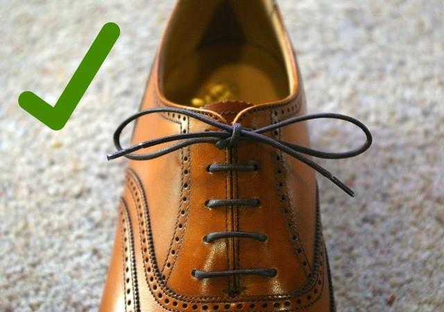 buộc dây giày đúng cách