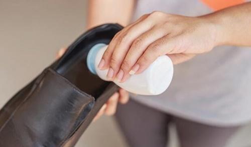cách bảo quản giày da