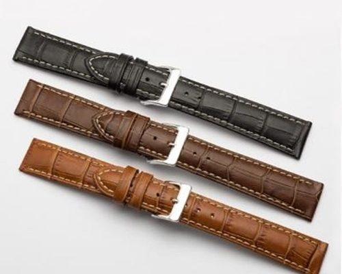 Mỗi ngày, rất nhiều khách hàng hỏi chúng tôi về việc nên chọn loại dây da nào để tăng thêm giá trị cho chiếc đồng hồ của họ. Quả thật, một bộ dây đồng hồ phù hợp có thể tạo nên sự khác biệt lớn. Bản thân chiếc đồng hồ, tự thân nó đã là một điểm nhấn, nhưng sẽ là một sự kết hợp đầy ấn tượng khi chiếc đồng hồ trở nên hài hòa cùng bộ dây của nó. Nói cách khác, một chiếc đồng hồ có thể trở nên hoàn toàn mới mẻ chỉ nhờ vào bộ dây. Ngay cả chiếc đồng hồ cũ bạn đã không còn dùng từ lâu cũng có thể khoác lên mình một diện mạo mới, tất cả nhờ chiếc dây đồng hồ mà bạn chọn. Và bạn đã bao giờ nghĩ đến việc, có nhiều bộ dây khác nhau cho chiếc đồng hồ của mình để thay đổi cho nhiều dịp khác nhau chưa? Các tìm kiếm liên quan đến dây da bò đồng hồ dây da bò đồng hồ nam dây đồng hồ da bò giá rẻ dây đồng hồ da bò handmade dây đồng hồ da bò hà nội dây đồng hồ da bò sáp dây đồng hồ da cá sấu nhập khẩu dây da đồng hồ khắc tên dây đồng hồ da bê