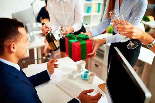 quà tặng sếp ý nghĩa