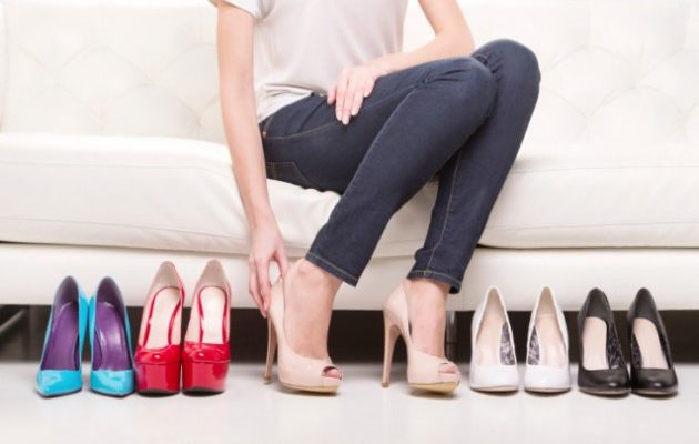 cách làm giày rộng ra