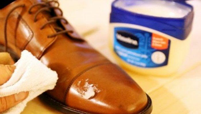 cách làm mềm da giày
