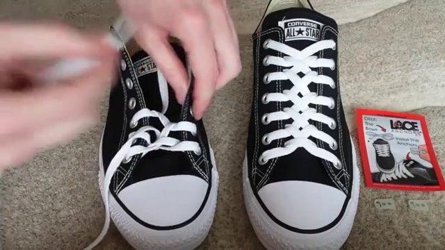 cách thắt dây giày converse cổ cao