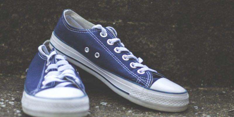 cách thắt dây giày converse giấu dây