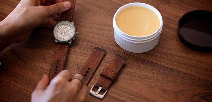 bảo quản dây da đồng hồ