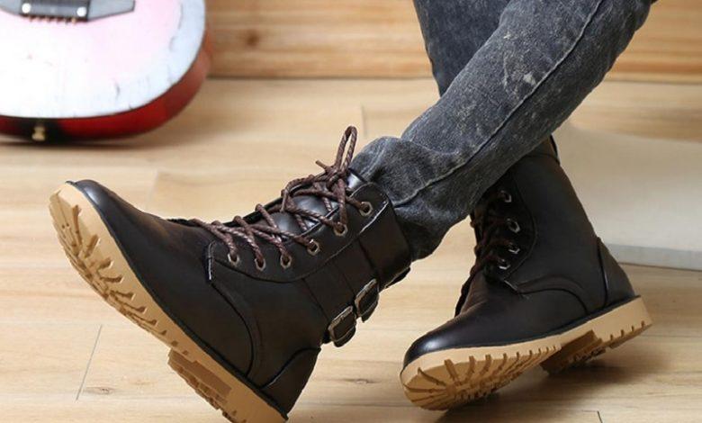 boots den