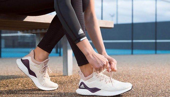 Cách chọn giày chạy bộ thông minh giúp bảo vệ sức khỏe