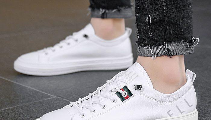 Top những đôi giày sneaker trắng được săn lùng nhiều nhất năm 2021