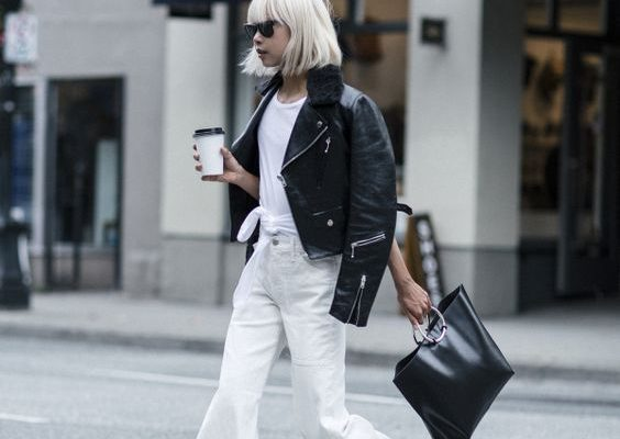 Cách phối đồ tinh tế cho cô nàng công sở mê jeans trắng